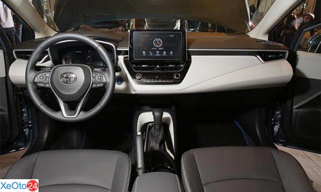 Nội thất Toyota Corolla Altis 2020