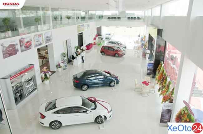 Khu trưng bày của Honda ô tô Long An