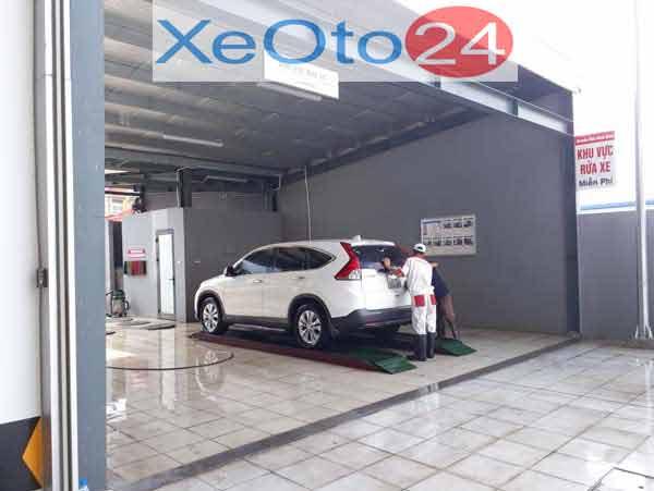 Khu vực rửa xe sau sửa chữa