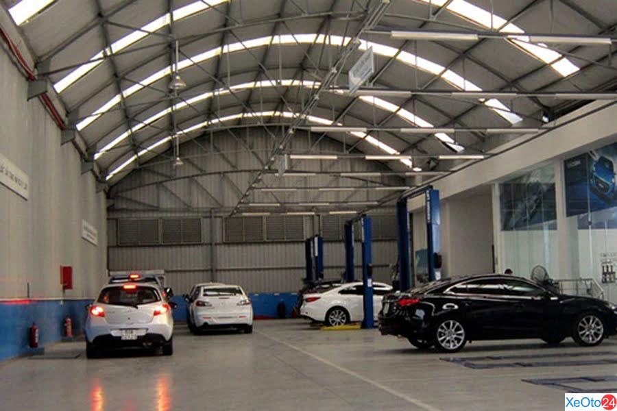 Khu vực xưởng Dịch vụ Showroom Mazda Biên Hòa
