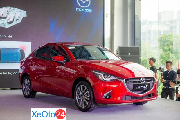 Mazda 2 (giá từ 479 triệu VND)