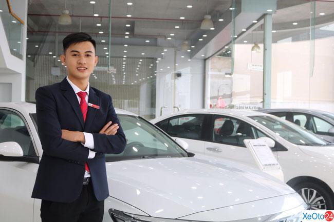 Nhân viên tư vấn bán hàng Nguyễn Trung Thành