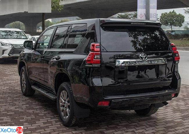 Thiết kế phần đuôi xe Cruiser Prado 2020