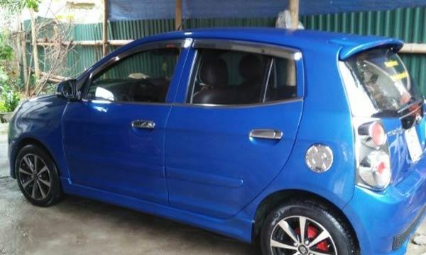 Hạn chế và tránh mua xe có màu xanh da trời