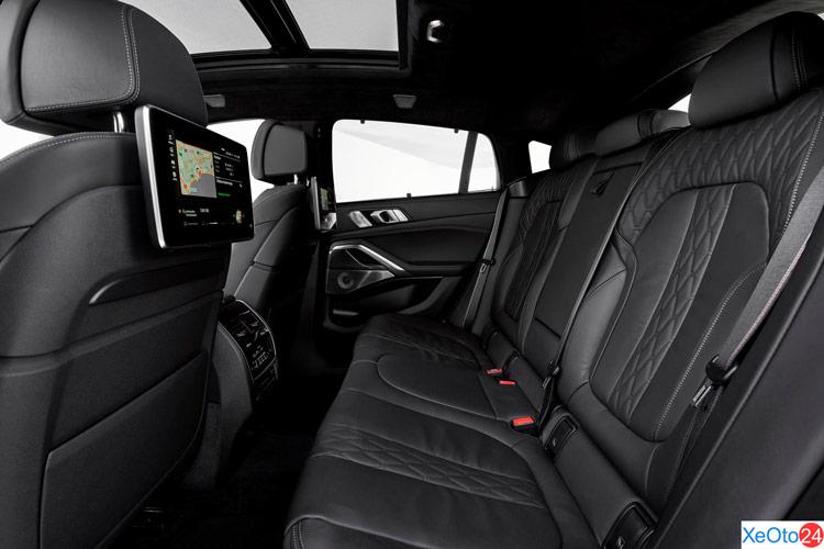Hàng ghế thứ 2 xe BMW X6
