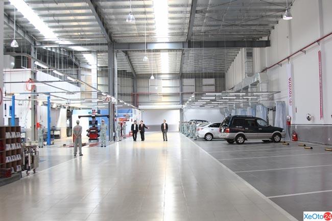 Xưởng sửa chữa bảo dưỡng xe hiện đại