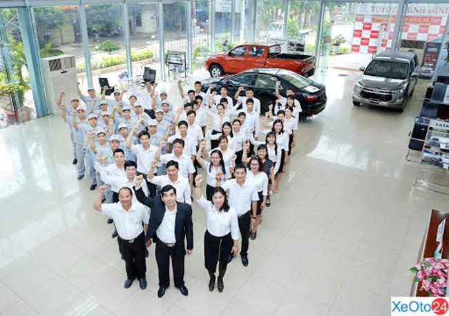 Đội ngũ nhân viên của Toyota Bình Định