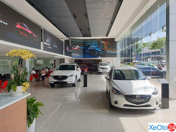 Khu vực trưng bày xe mang phong cách hiện đại bậc nhất