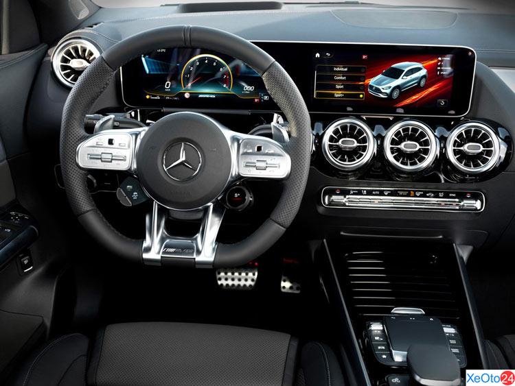 Màn hình trung tâm xe Mercedes-Benz GLA 2021