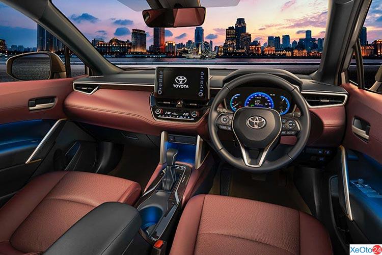 Nội thất hàng ghế lái của xe Toyota Corolla Cross
