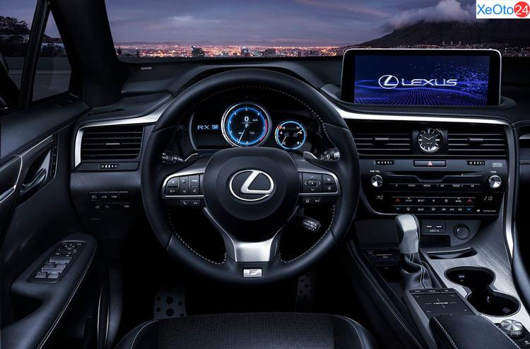 Vô lăng và màn hình xe Lexus RX350