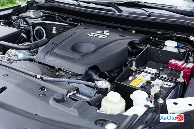 Động cơ xe Mitsubishi Pajero Sport 2020