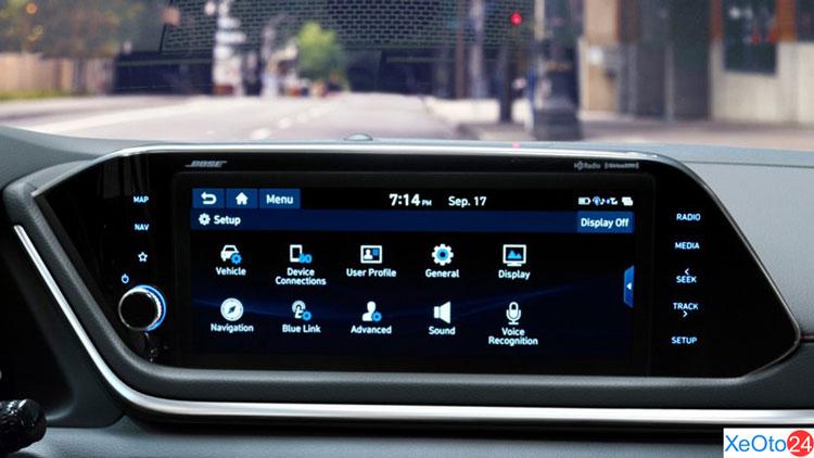 Màn hình cảm ứng 10,25 inch trên xe Huyndai Sonata