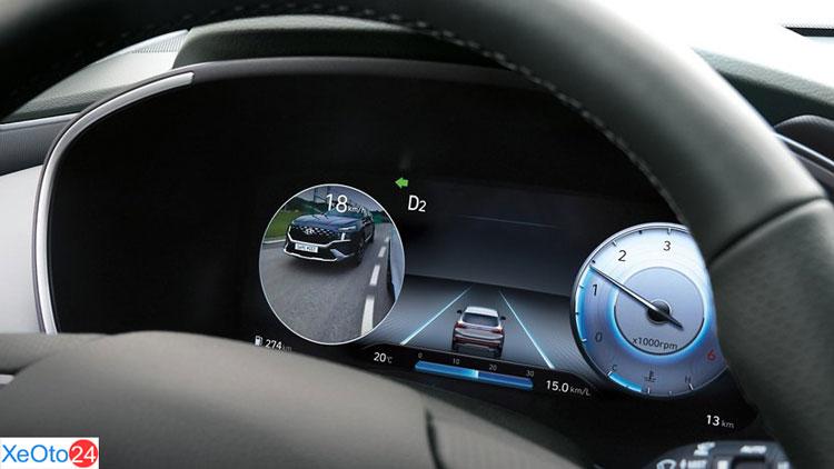 Màn hình xem điểm mù trên xe Huyndai Santa Fe 2021