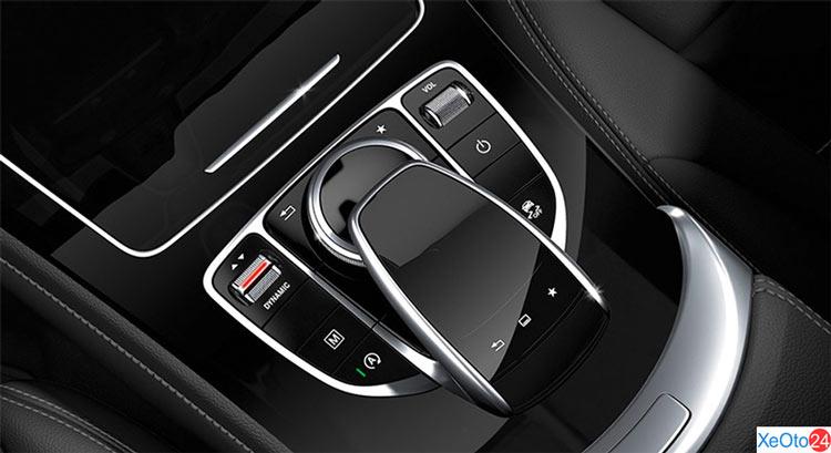 Núm điều khiển trên xe Mercedes GLC 250 2020