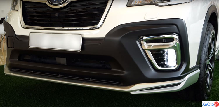 Ốp cản trước xe Subaru Forester 2.0i-S EyeSight GT