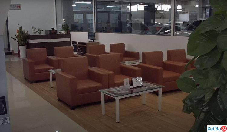 Phòng chờ khách hàng tại Subaru Gia Định