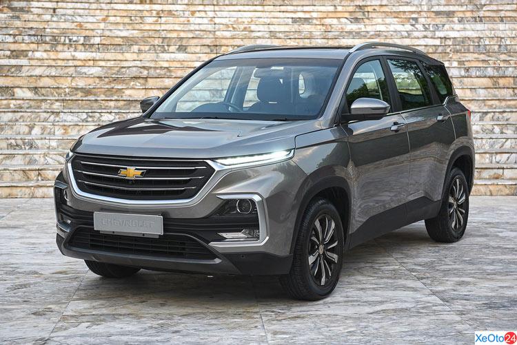 Xe Chevrolet Captiva 2020