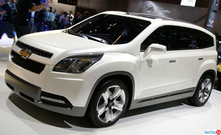 Xe Chevrolet Orlando 2020