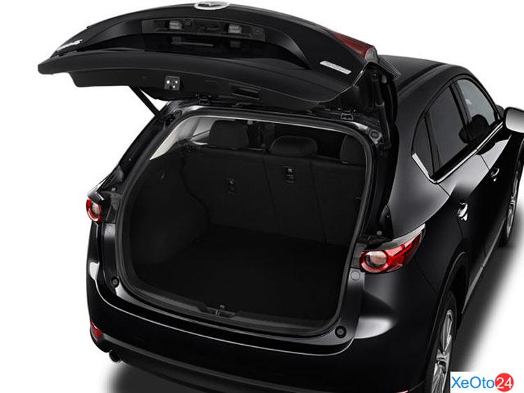 Cốp xe Mazda CX-5 2021