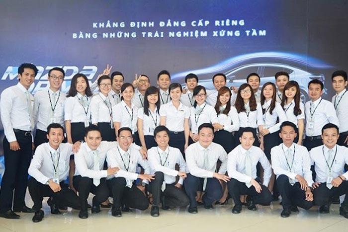Đội ngũ nhân viên tại Mazda Phú Mỹ Hưng