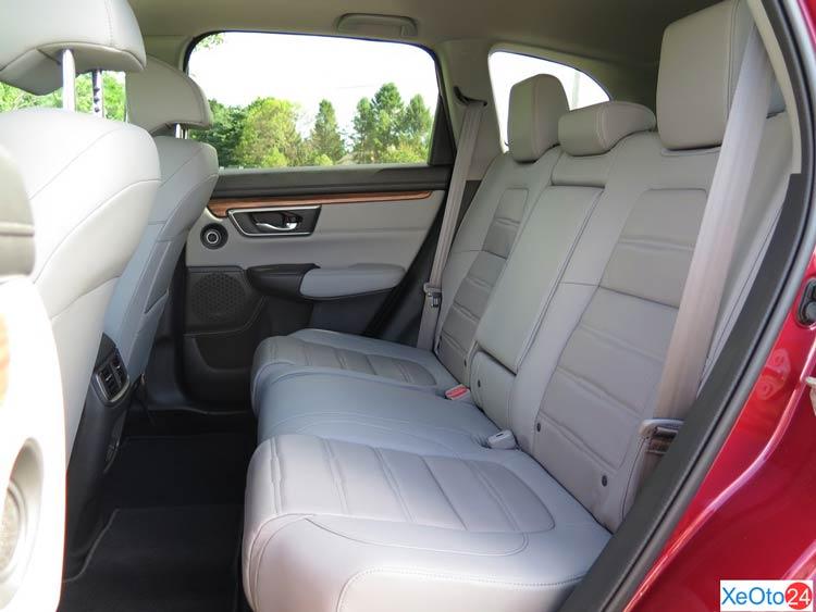 Hàng ghế sau xe CR-V 2021