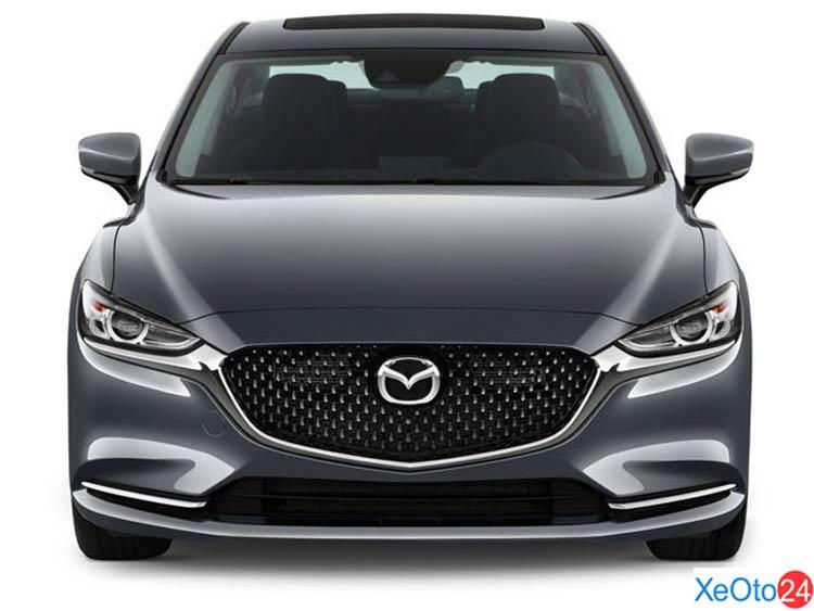 Phần đầu xe Mazda 6 2021