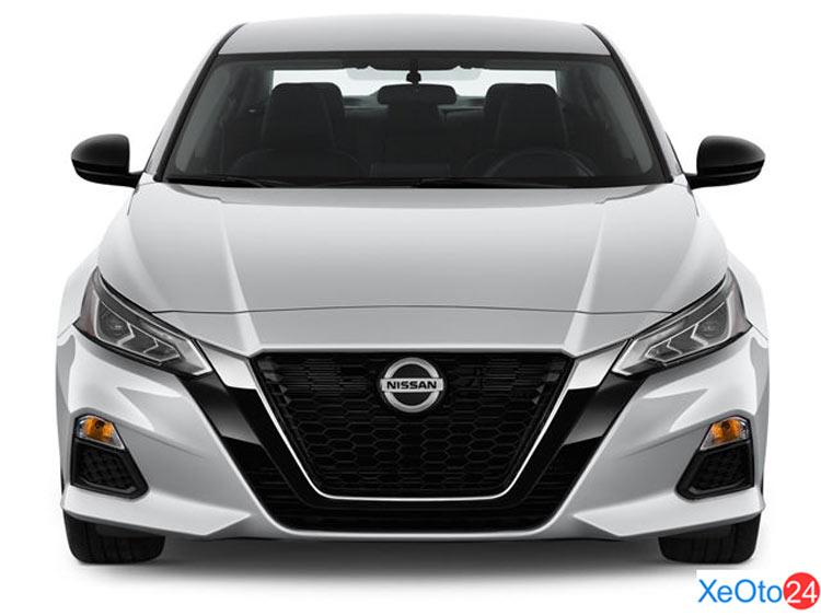 Phần đầu xe Nissan Altima 2021