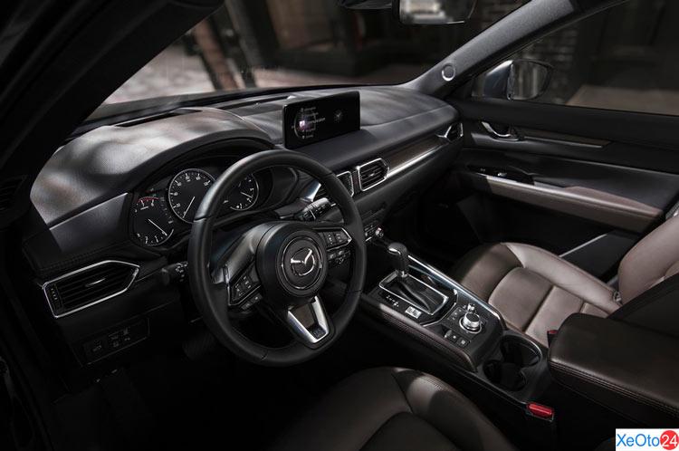 Tổng quan khoang lái xe Mazda CX-5 2021