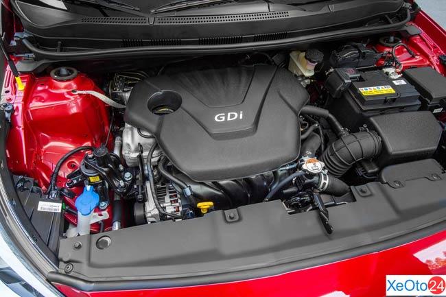 Động cơ trên xe Huyndai Accent 2021