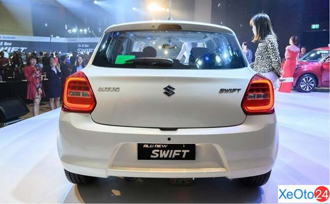 Phần đuôi xe Suzuki Swift