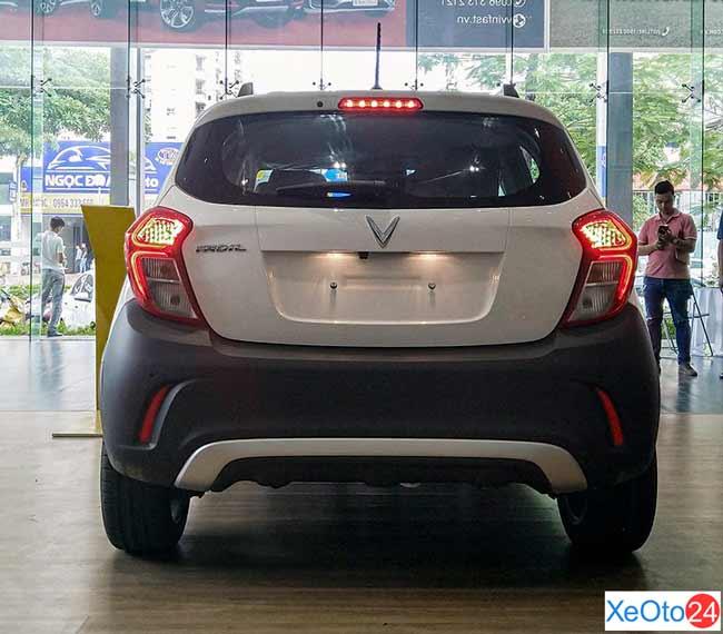 Phần đuôi xe Vinfast Fadil