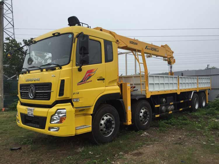 Xe tải gắn cẩu Dongfeng