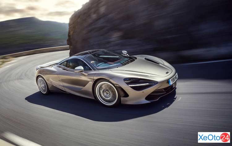 Xe McLaren 720S 2021