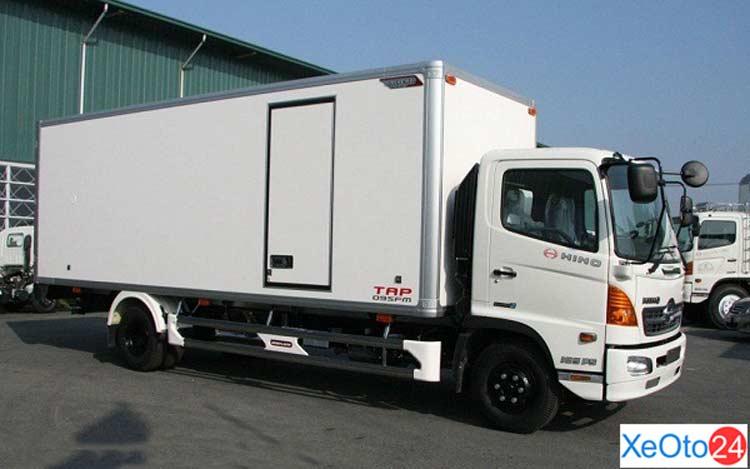 Xe tải Hino 4.5 tấn