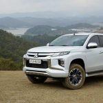 Bán tải Mitsubishi Triton 2021