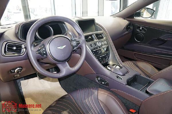 vo-lang-xe-aston-martin-db11-v8-2019-muaxegiatot-vn-9